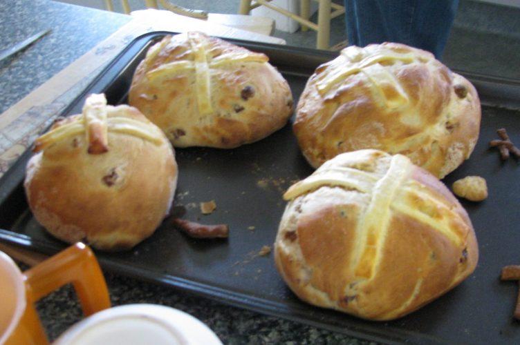 Eastern buns